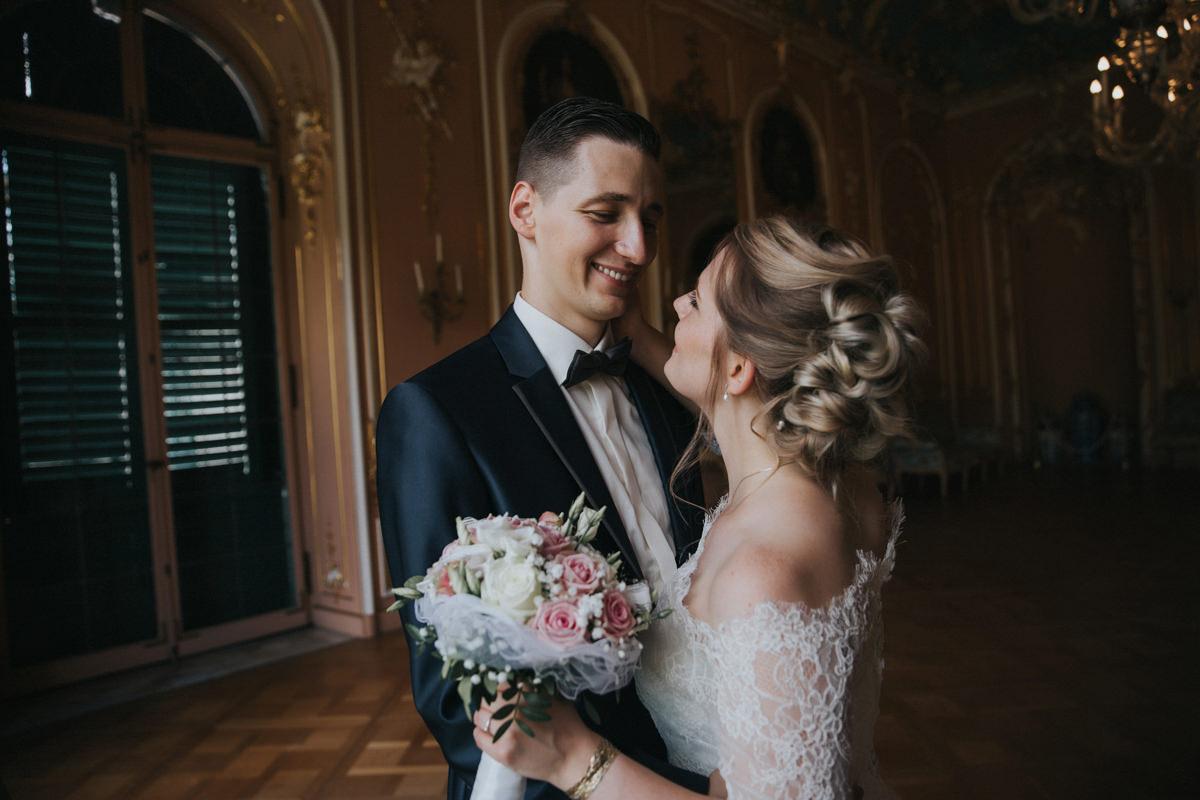 Hochzeit-Reportage-Fotograf-Kassel-Hochzeitsfotograf-Wedding-Calden-Wilhelmsthal-Schloss_99